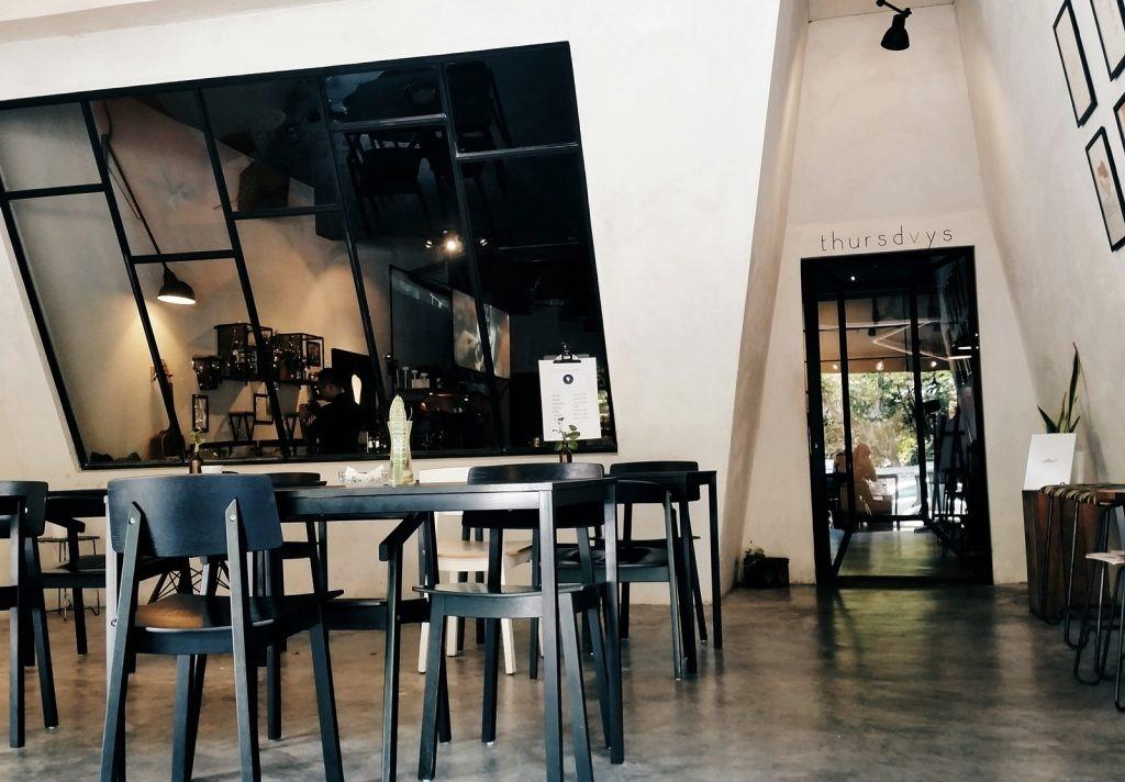 Thursdvys Cafe