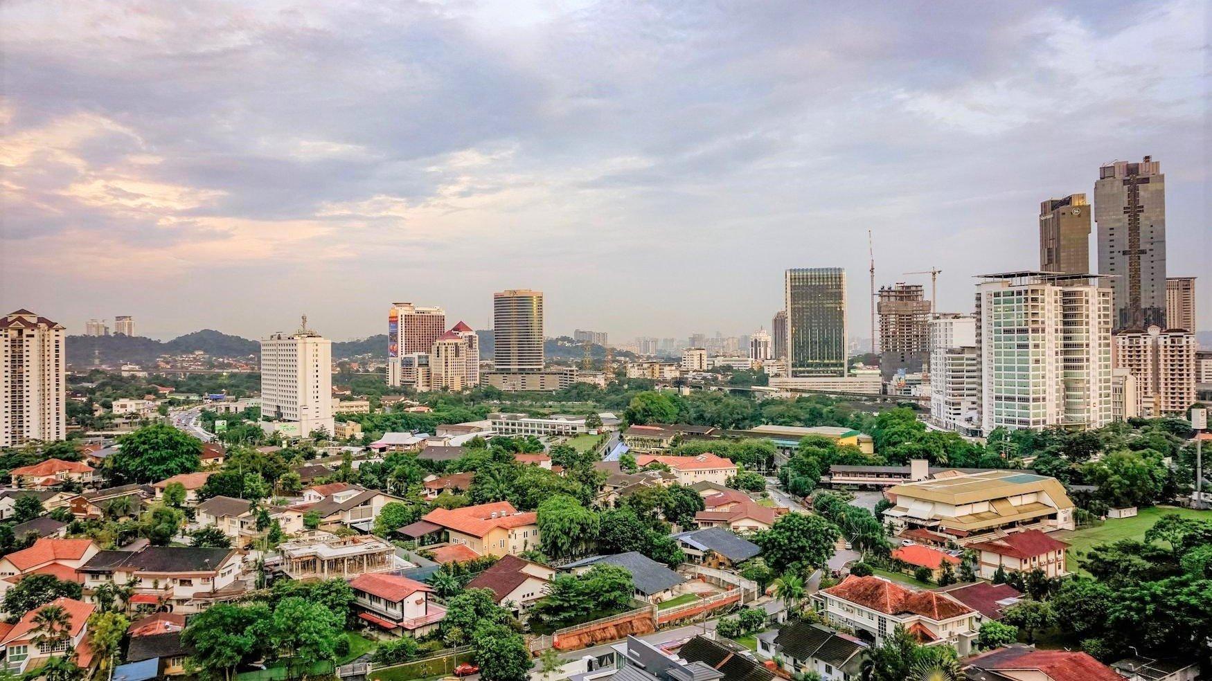 Properties for Rent Near the LRT Kelana Jaya Line